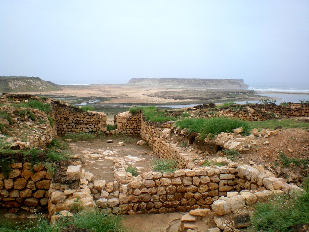 The archaeological site at the ancient port of Sumhuram